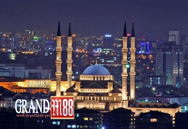 GrandM88 - Masjid Kubah Emas Termegah Di Turki Bernama Kocatepe