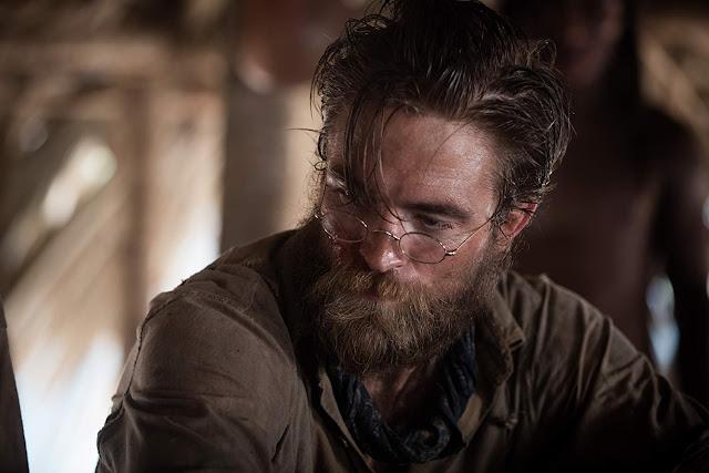 Robert Pattinson elogia o novo filme de Christopher Nolan
