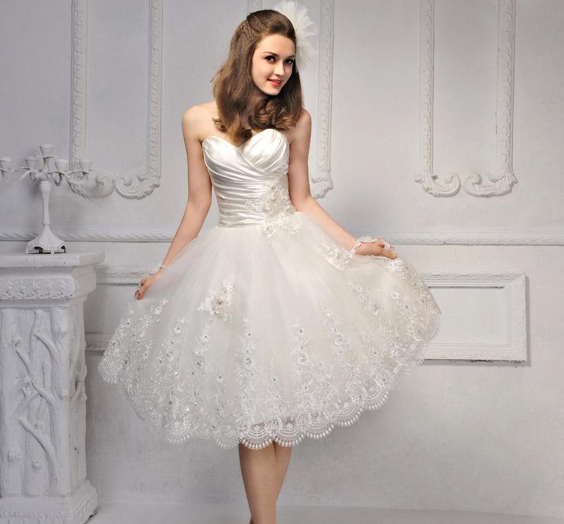 Fossils & Antiques: Short Lace Wedding Dress 2013
