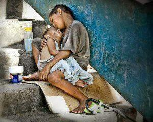 Keutamaan Mencintai Orang Miskin