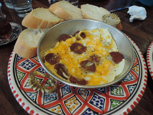 sucuk and eggs;  the turkish tea house