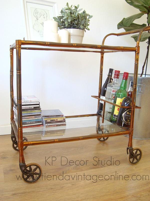 Carritos, camareras, mesitas auxiliares con ruedas y  botellero antiguo vintage dorado