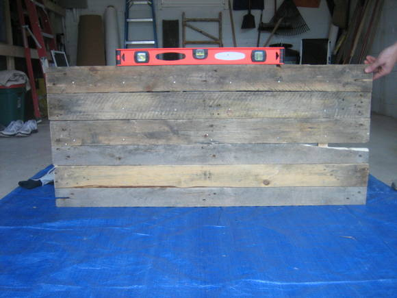 We had to make sure our DIY pallet sign was level and sturdy!