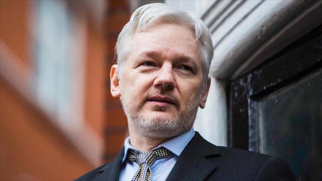 Correa: Ecuador mantendrá asilo a Assange mientras él lo desee