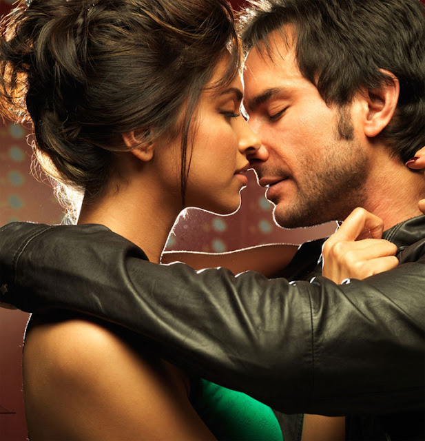 Bollywood top kissing scene