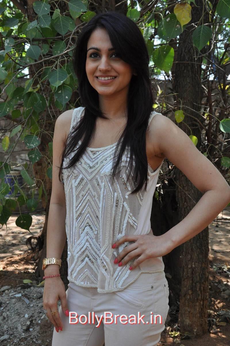 Aksha Photo Gallery, Aksha Hot Pics from Dr Saleem Movie Press Meet