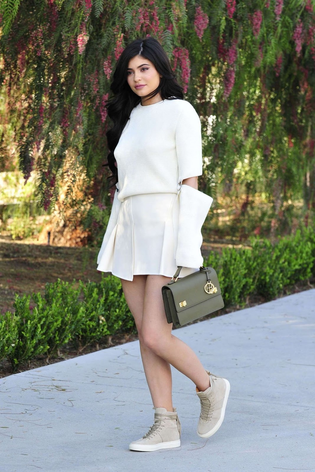 Kylie Jenner Out And About In Beverly Hills HQ Photos