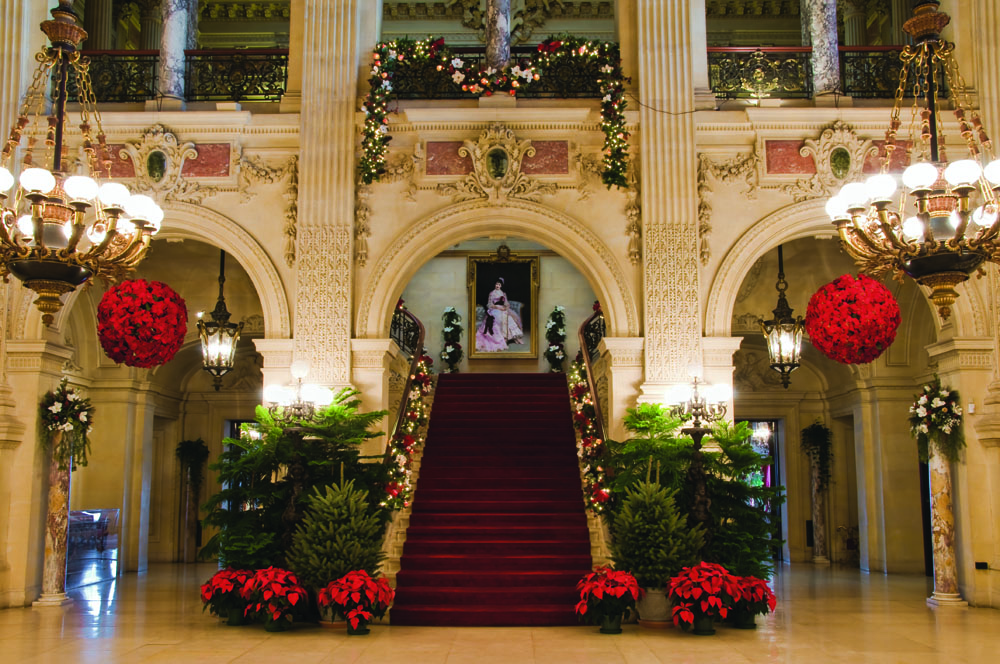 discover newport ri this christmas season