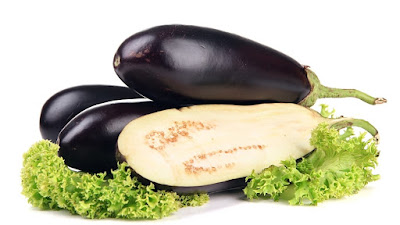 Owing to a large number of plant and cellulose fibers, eggplant well cleans the bowel and prevents the formation of constipation, hemorrhoids, and colon inflammation.