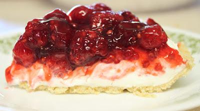 http://www.recipeshubs.com/raspberry-cream-cheese-pie/28057