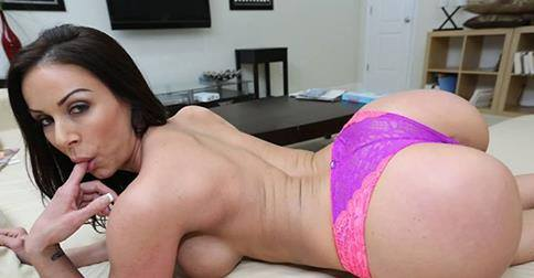 Gianna Lyn Freaks Of Cock