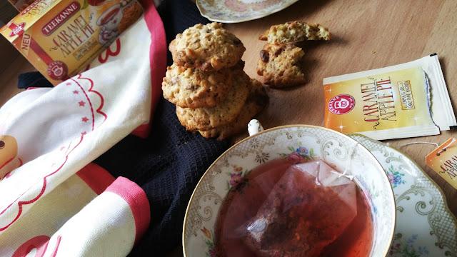 Müsli Cookies mit Caramel Apple Pie Tee