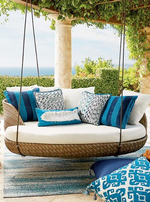 Outdoor Swing Daybed