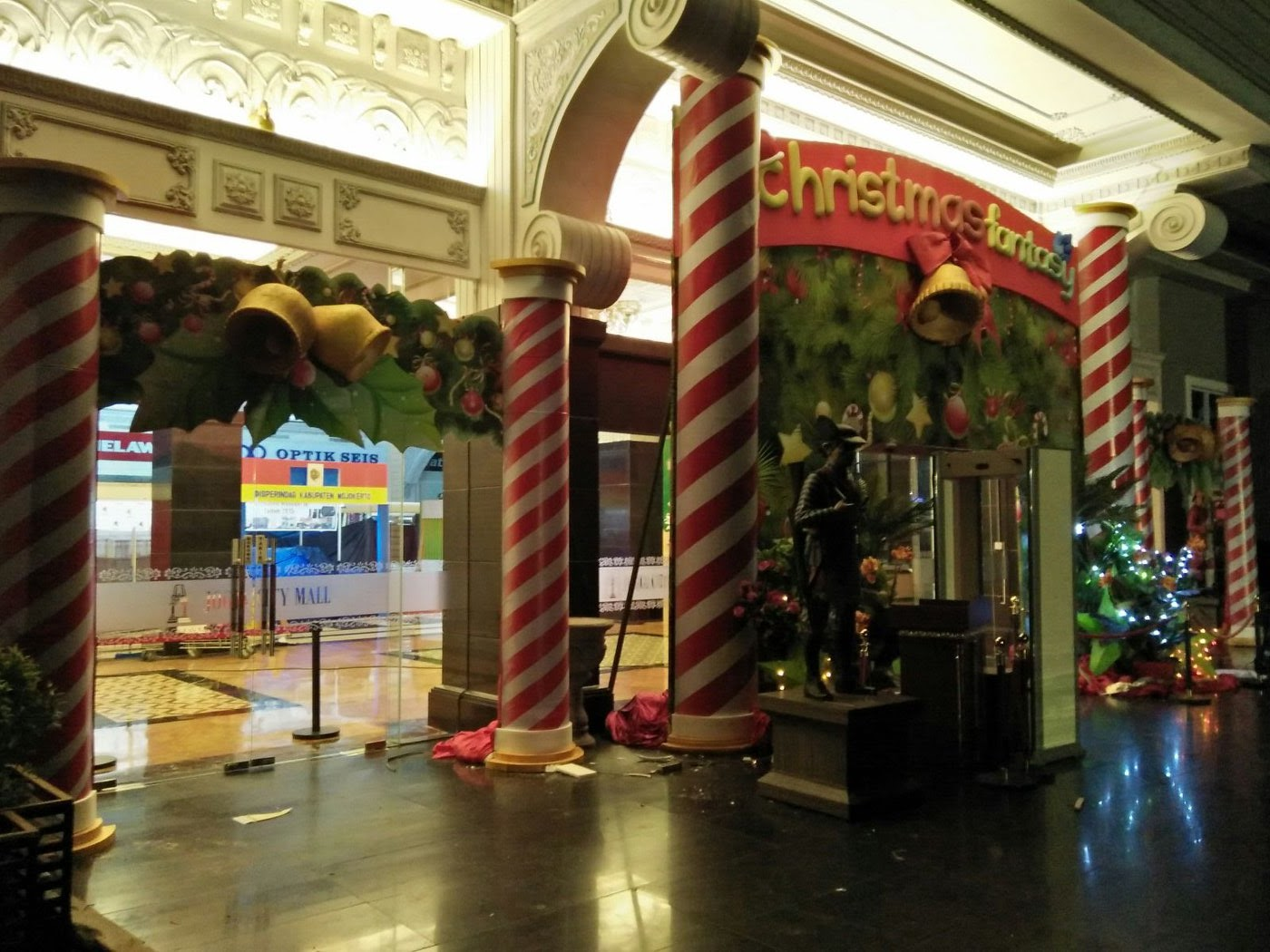 Dekorasi Natal untuk Mall Jogja  Dekorasi Event di Yogyakarta