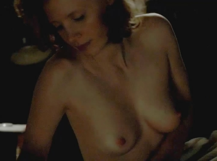 Jessica chastain tits