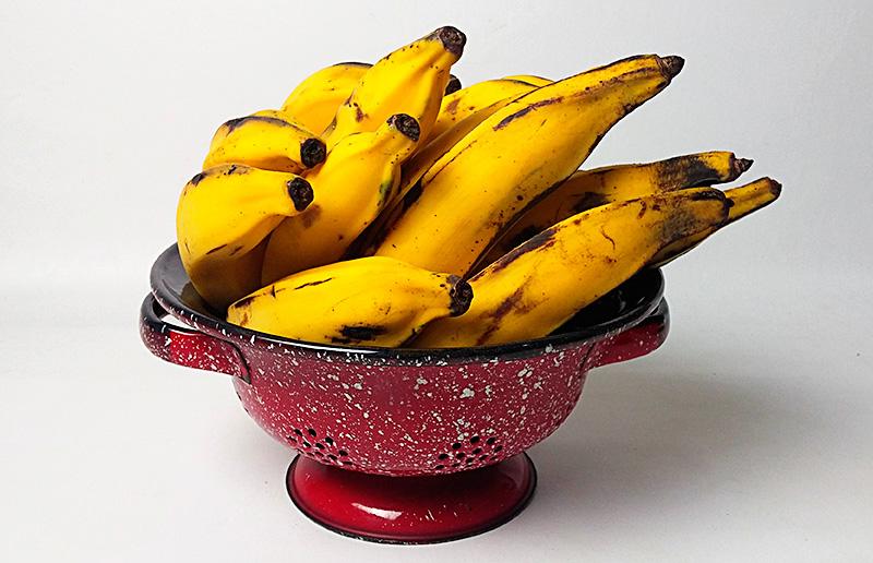Casca louca de banana: uma opção vegana, barata - e DELICIOSA - à carne louca.