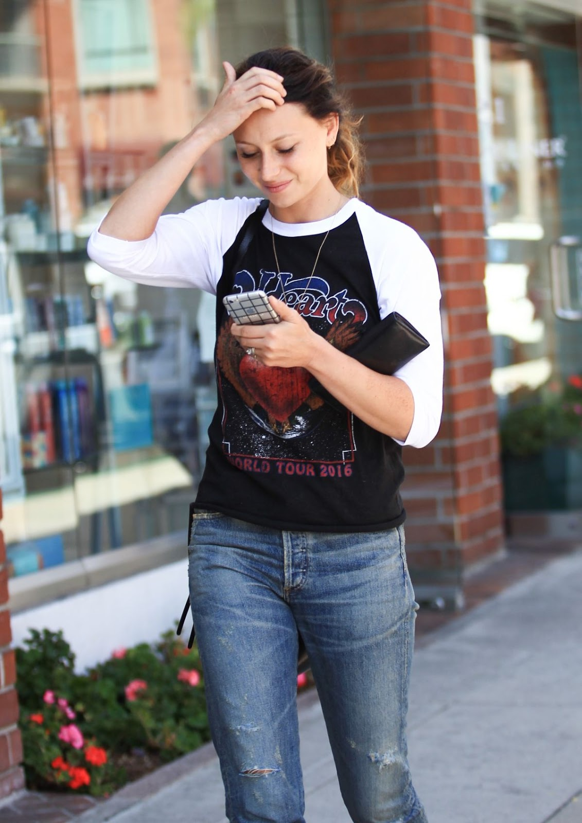 Photos of Aly Michalka Out And About Un Beverly Hills