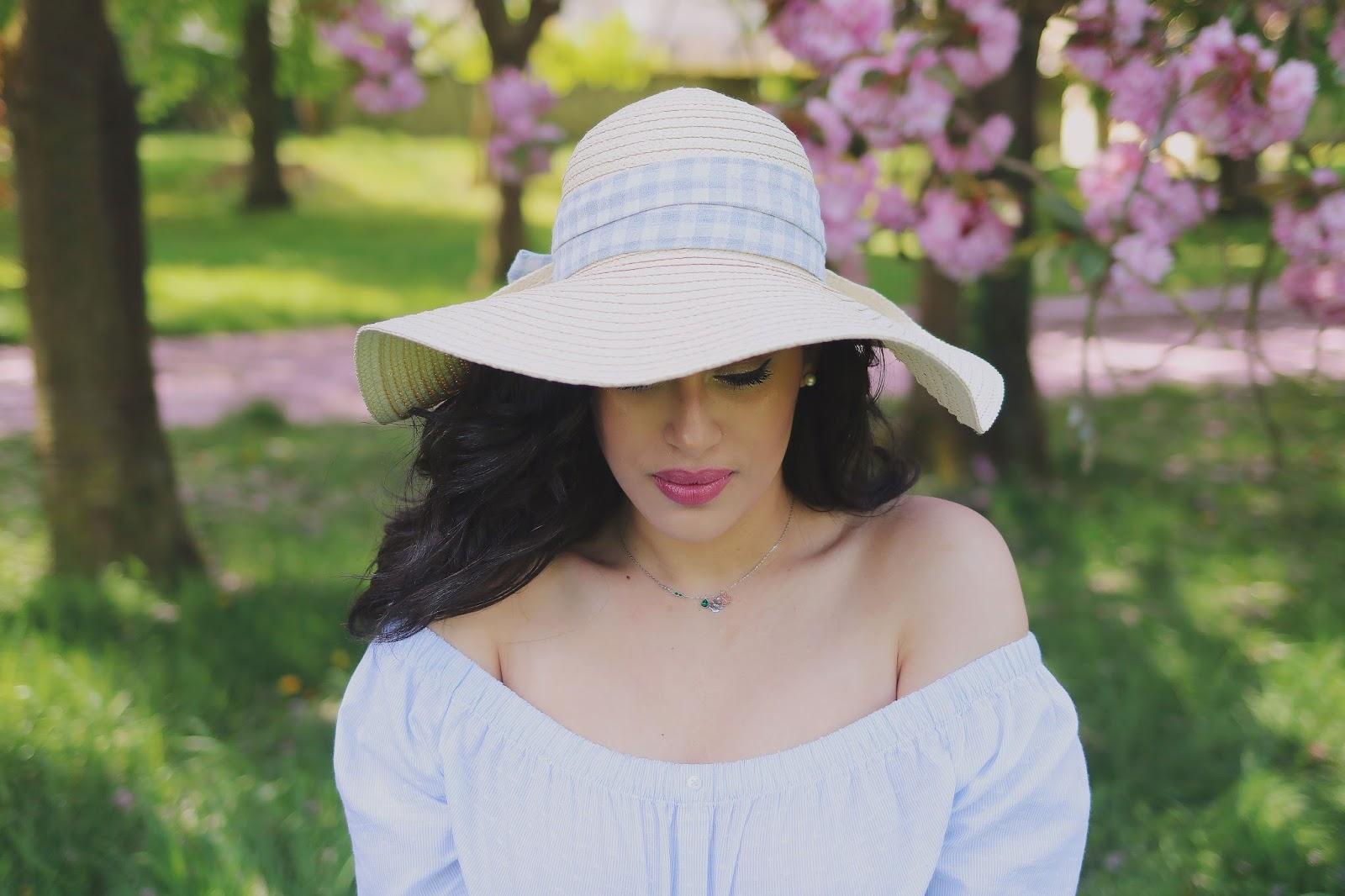 rosemademoiselle , rose mademoiselle, look , mode , paris , broderie , embroidery , embroidered , fleuri , pure color love , estée lauder ,