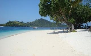 Wisata Pantai Karangranjang di Sumur Pandeglang Banten