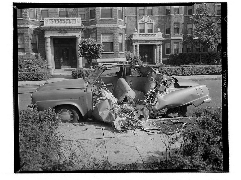 50 Impressive Vintage Photos of Car Accidents From Between the 1930s