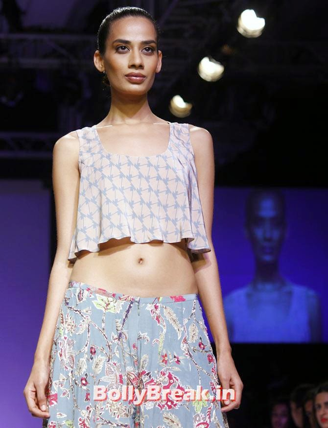 Sony Kaur in a Payal Singhal creation., Vaani Kapoor Lakme Fashion Week 2014 Pics in Bikini Bra Choli