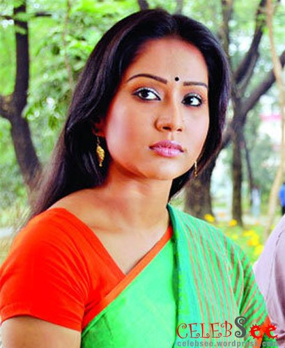CelebsView: Bangladeshi Lux Super Star Momo