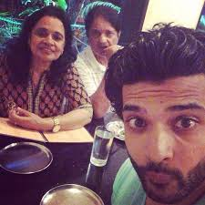 Karan Kundra Family Wife Son Daughter Father Mother Age Height Biography Profile Wedding Photos
