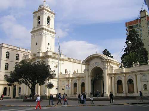 Estudiantes de la Quiaca visitaron los atractivos de la ciudad capital