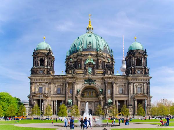 Berlin: Tembok, Museum, dan Dugem
