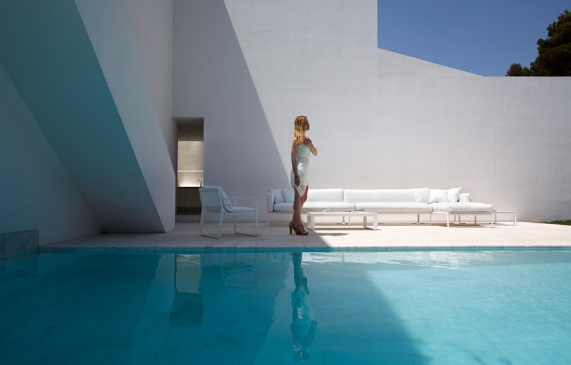 Floating Floors Over Concrete >> Cliff house on Mediterranean sea, Alicante, Spain: Most ...