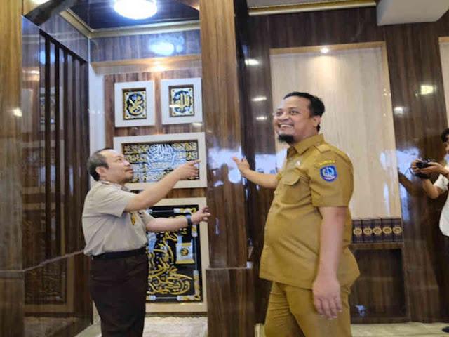 Andi Sudirman Resmikan Mushollah Al-Amin di Kantor Bapenda Sulsel
