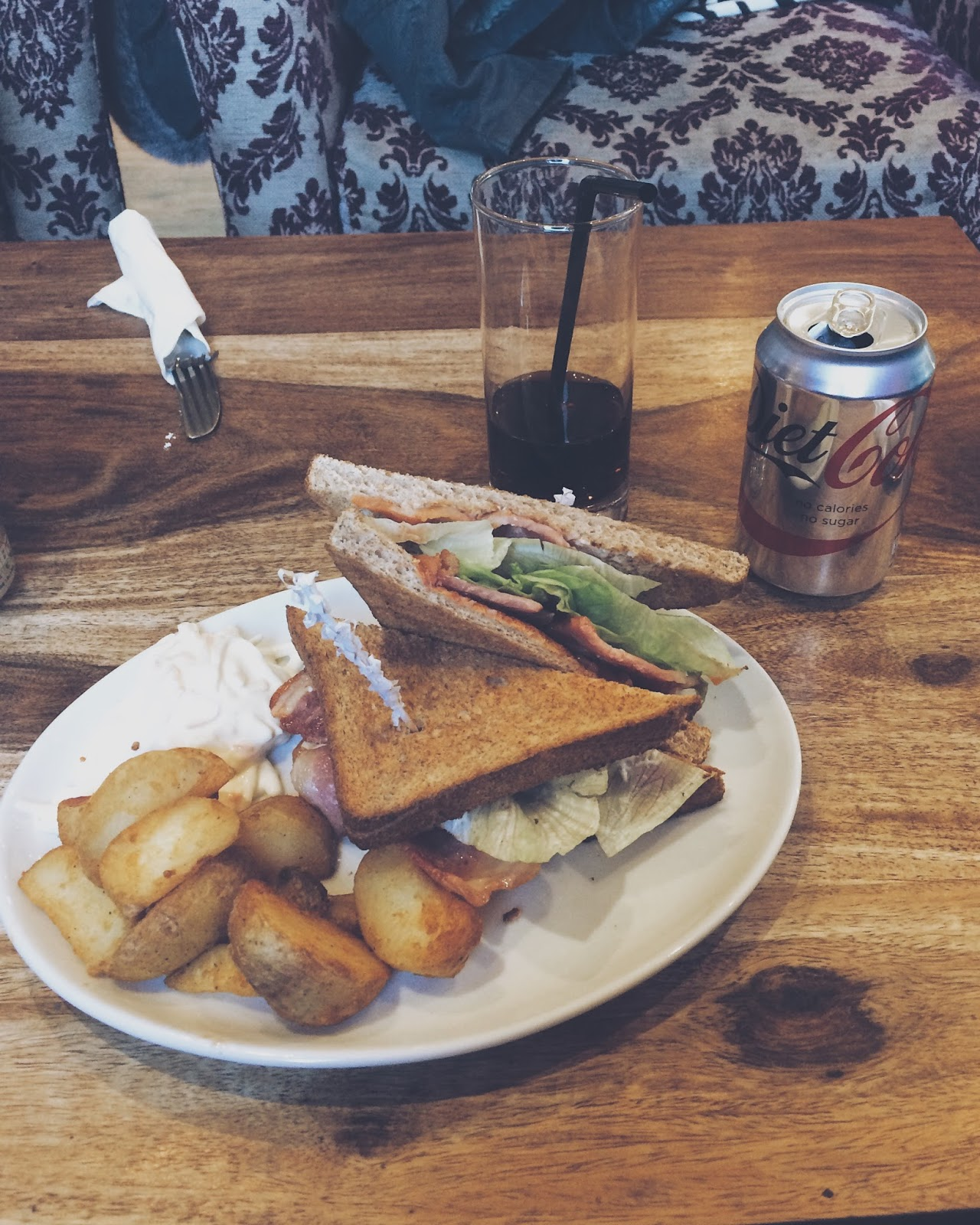 blt, toasted sandwich, bernies blt,bridge of weir, scottish village, bernies cafe deli, scottish cafe, scottish countryside, scottish brunch, scotland, scottish food, scottish restaurant, scottish food, local food, scottish deli, deli, bridge of weir deli, bridge of weir cafe,