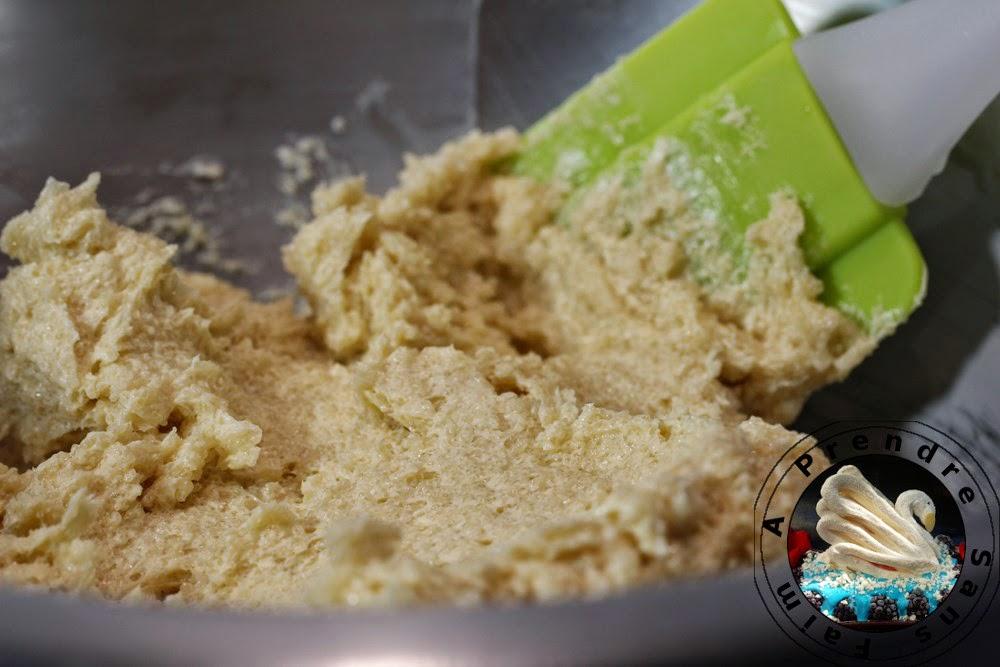 Cookies vanille aux pépites de chocolat au lait (pas à pas en photos)