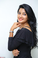Deepthi Shetty looks super cute in off shoulder top and jeans ~  Exclusive 39.JPG