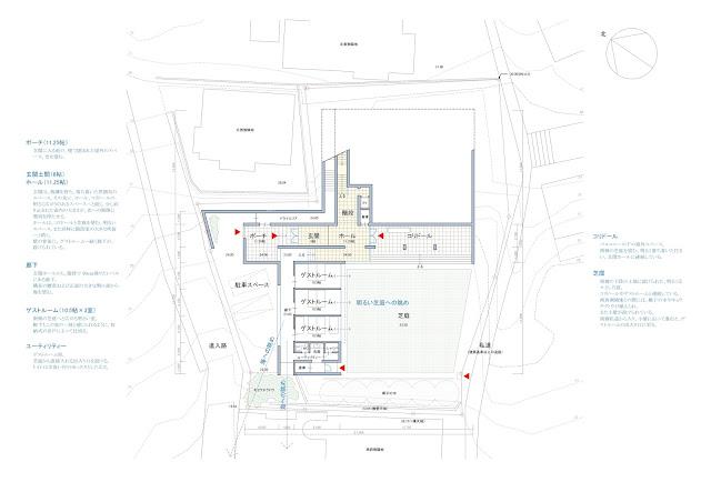 相模湾を望む白い大広間の家 平面計画 アプローチ階