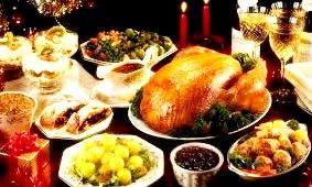 Cena por Navidad con pavo y bocadillos