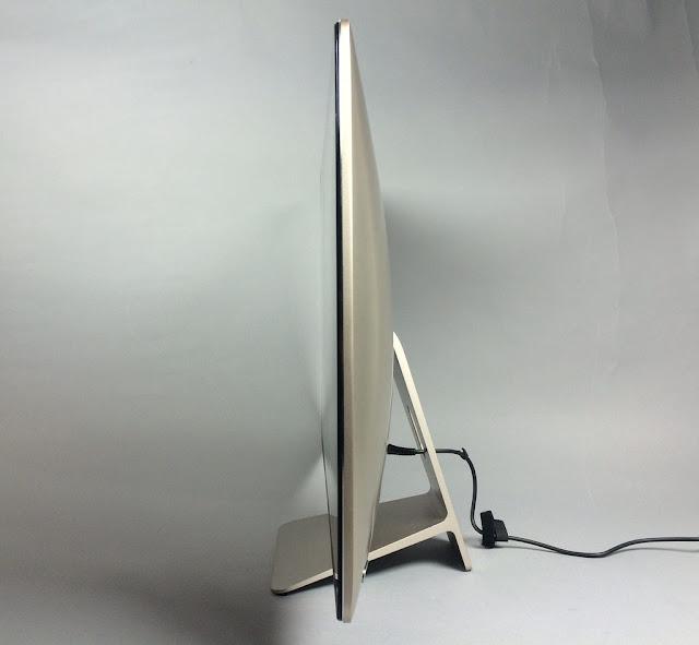 правая сторона моноблока Asus Zen Z240ICGT