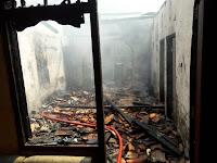 Kebakaran Dibelakang Ramayana Robinson Gegerkan Warga
