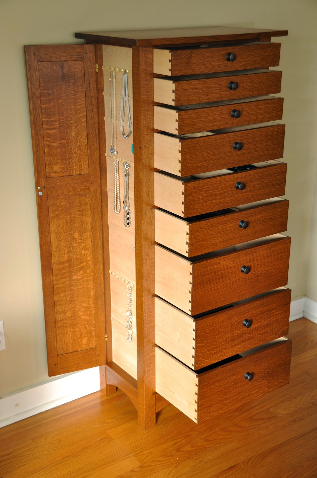 Armoire à Plans Woodworking Plans For Jewelry Armoires With Popular