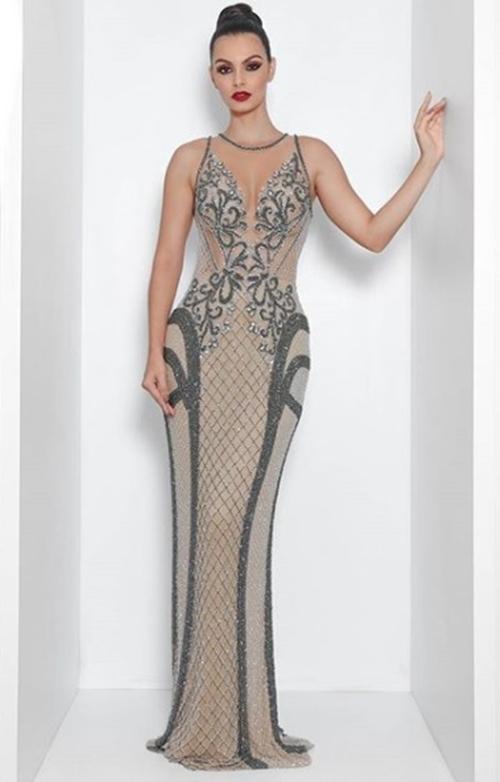 vestido de festa cinza bordado