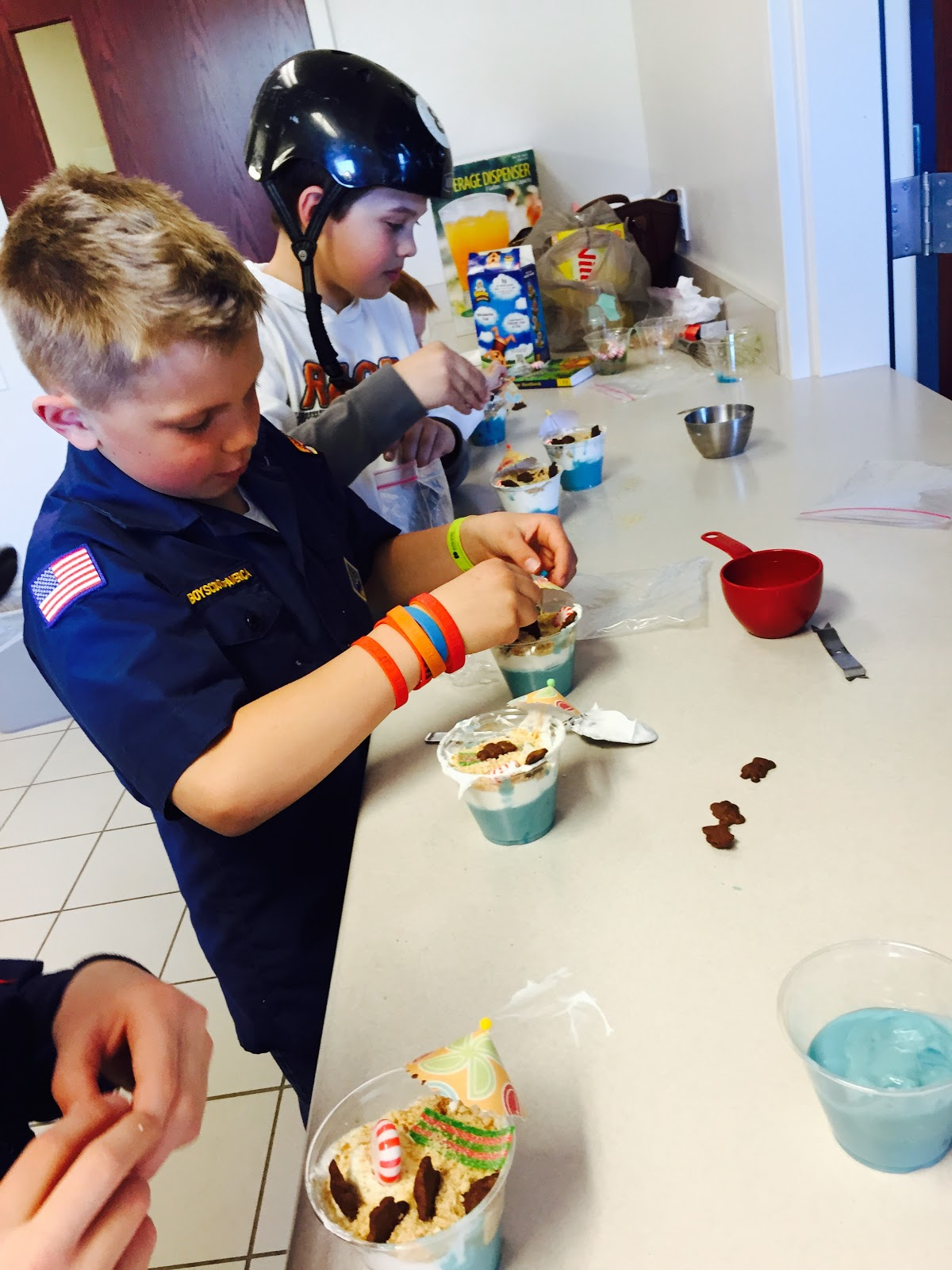 Bears on the beach pudding cups, cub scouts, Nilla Wafers