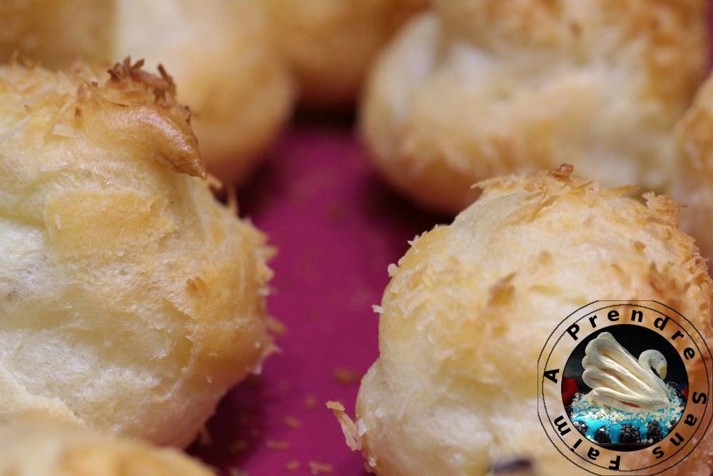 Chouquettes à la noix de coco