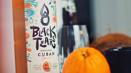 Black Tears Cuban Spiced Rum & Ucon Acrobatics | Black ist Streetlife