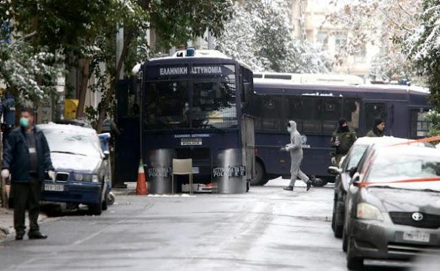 34χρονος πατέρας 3 παιδιών ο αστυνομικός που τραυματίστηκε στην επίθεση στην Χαριλάου Τρικούπη