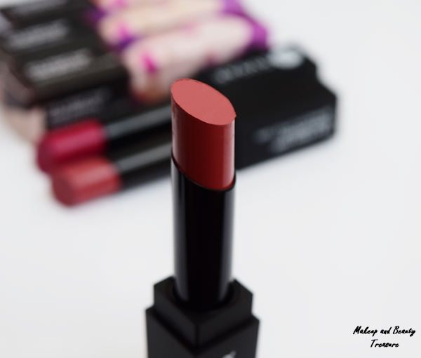 sugar-vivid-lipstick-better-call-salmon-review
