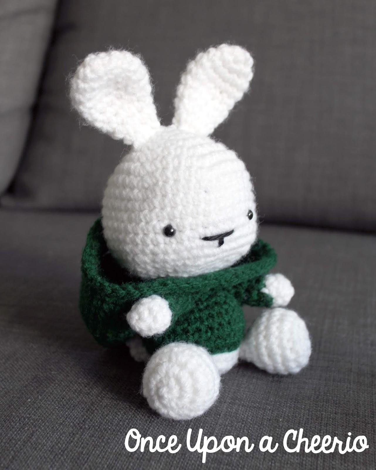 Hoodie Bunny Amigurumi Free Crochet Pattern