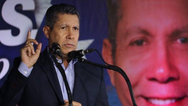 Candidato venezolano propone negociar con el FMI y EE.UU.