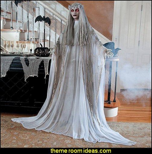 Lifesize Standing Venetian Victoria - Halloween