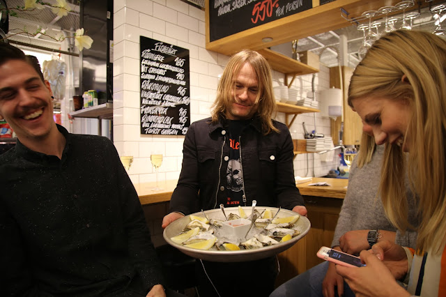 oysters in hotorgshallen saluhall