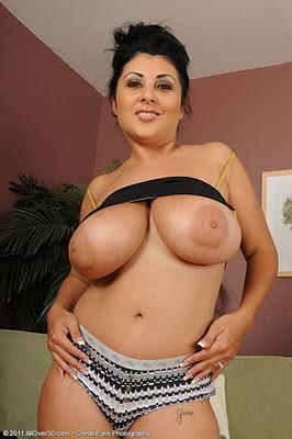Jaylene Rio Tits 37